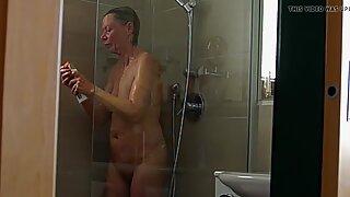 nude granny exposed