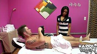 Ohromující alexa baví v masážním salonu
