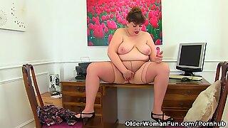 British BBW milf Vintage Fox gets busy at her desk as good secretaries do