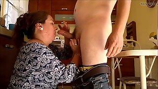 Big latina granny fucked in the kitchen