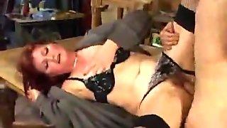 Lili Thai sex in fishnets