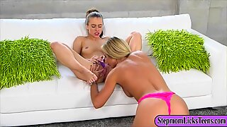 Pretty teen and naughty mom lesbo sex that they really enjoy